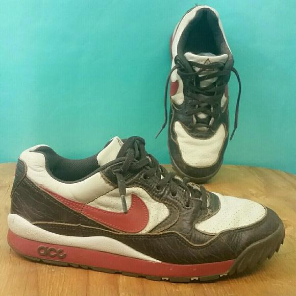 RARE Vintage Nike Air Wildwood ACG sz 9 Red Brown